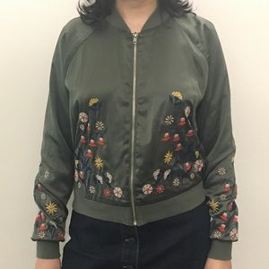 Satin-Like Flower-Embroidered Green Jacket